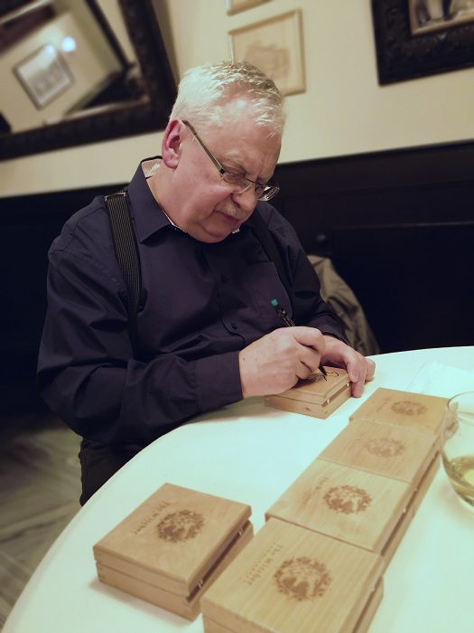 Andrzej Sapkowski monety z Wiedźminem