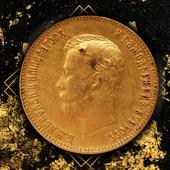 ENG BELOW 👇🏻 Historia zaklęta w monetach...brzmi ciekawie? Tak właśnie jest w przypadku tej złotej monety pochodzącej z 1903 roku! 😯 Wybita w Petersburgu, była świadkiem niejednych historycznych wydarzeń. 🇬🇧 The story enchanted in coins... sounds interesting? This is the case with this gold coin dating back to 1903! 😯 It was struck in St. Petersburg and witnessed many historical episode. #coin #numismatic #pomorskie #mennicagdanska #trojmiasto #gdansk #collector #coincollector #investing  #coins #coinscollection #worldcoins #coinmaster #coinhunting  #coincollecting  #mintofgdansk #hobby #passion #money #unusualcoins #coincollectorsofinstagram #investments #investmentcoins #mennica #gold #goldincoins #oldcoins #history #russiancoins