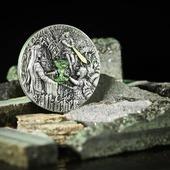"""ENG BELOW 👇🏻  Nasza nowa moneta """"Miecz Przeznaczenia"""" w obiektywie @keenys.art ❤️  🇬🇧  Our new """"Sword of Destiny"""" coin in lens @keenys.art ❤️  #glass #glassinsert #witcher #thewitcher #witchernetflix #brokilon #monety #monetyzwiedźminem #wiedźmin #sagaowiedźminie #mennica #kontrolajakości #qualitycontrol #gdansk #newcoin #coin #numismatists #numizmatyka #investing #investmentcoins #silvercoin #silver #srebro"""