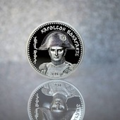 ENG BELOW 👇🏻  Dzisiaj prezentujemy doskonałą monetę dla każdego fana historia. To nowa moneta od @cit_your_memories Przedstawia Napoleona Bonaparte.  Kto z Was ma ją już w swoich zbiorach?  🇬🇧  Today we present the perfect coin for any history fan. This is a new coin from @cit_your_memories It depicts Napoleon Bonaparte. Who of you already has it in your collections?  #coin #numismatic #pomorskie #mennicagdanska #trojmiasto #gdansk #collector #coincollector #investing  #coins #coinscollection #worldcoins #coinmaster #coinhunting  #coincollecting  #mintofgdansk #hobby #passion #money #unusualcoins #coincollectorsofinstagram #investments #investmentcoins #historia #perfectgift #napoleon #giftideas #napoleonbonaparte